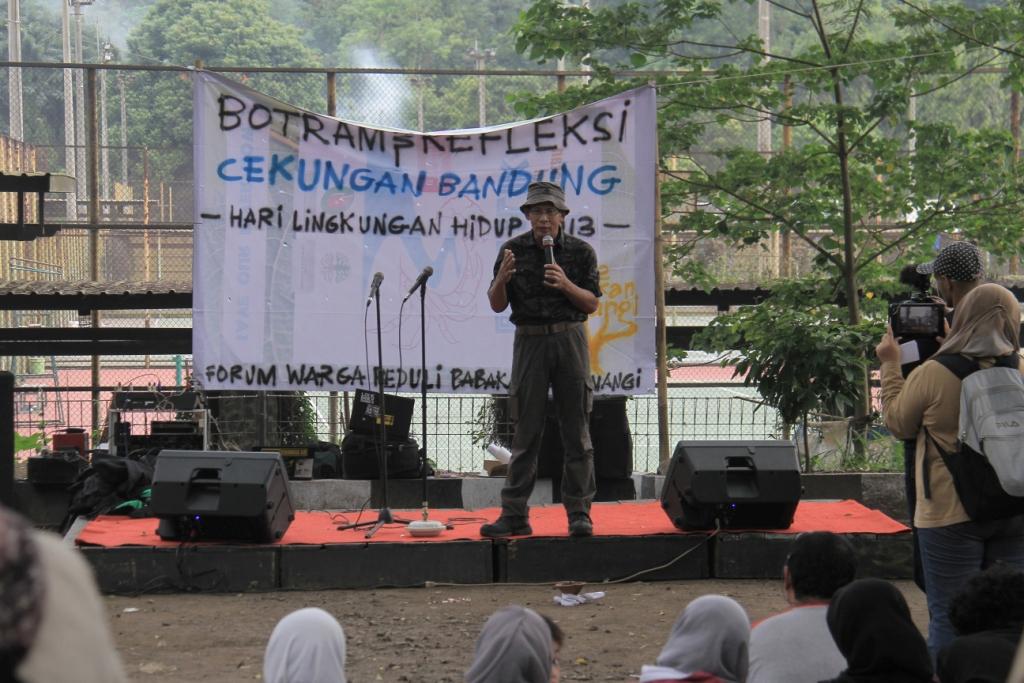 Titi Bachtiar, Peneliti dari kelompok Riset Cekungan Bandung